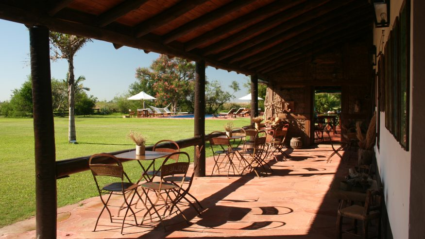 Aguape Lodge_terrace