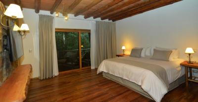 Aldea de la Selva_room