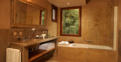 Hotel Aldebaran_bathroom