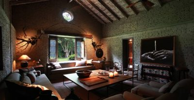 La Bamba_living room