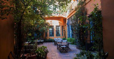 Legado Mitico Salta_courtyard