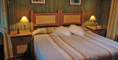 Peuma Hue_Arroyo Cabin bedroom