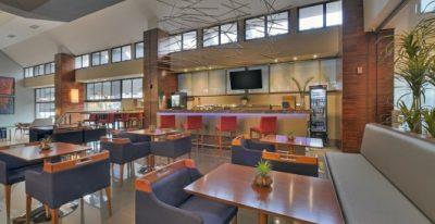 Deville Cuiaba_Atrium Lobby Bar