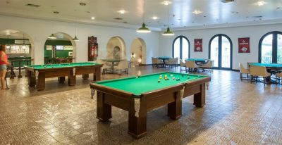Tropical Manaus_billiards room