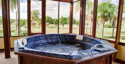 Zagaia Eco Resort_hot tub
