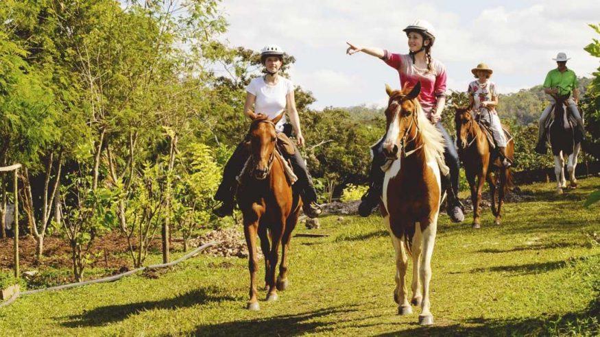 Chaa Creek - Horseback Riding