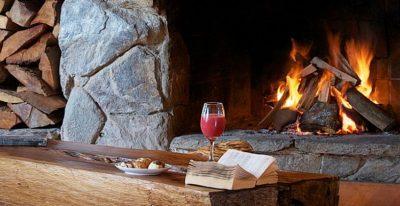 Hotel Puelche_fireplace