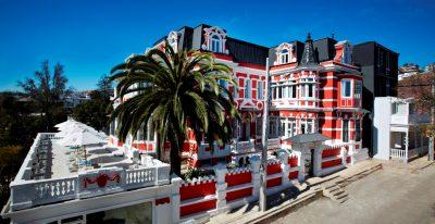 Palacio Astoreca_exterior (photo credit Nils Schlebusch)