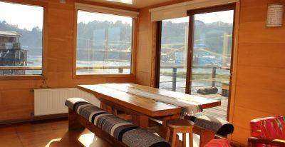 Palafito 1326_dining table