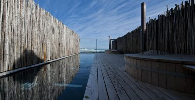 Surazo_pool deck