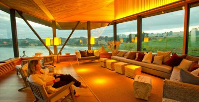 Tierra Chiloe_living room (photo credit Steve Ogle)