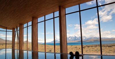 Tierra Patagonia_pool with a view