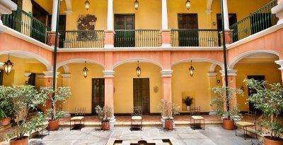 Hotel de la Opera_interior courtyard
