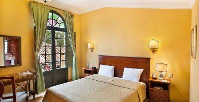Hotel de la Opera_matrimonial room