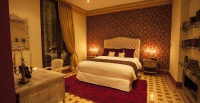 The Orchids_La Del Manojo de Rosas room
