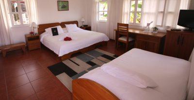 Angermeyer Waterfront Inn_Flamingo room