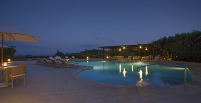 Finch Bay_pool