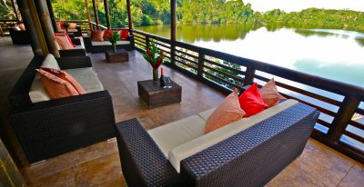 La Selva Jungle Lodge - Lakeside Lounge