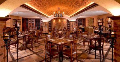 Plaza Grande_dining