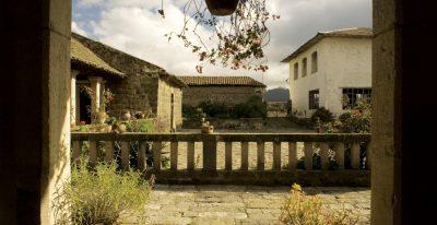 San Agustin de Callo_courtyard