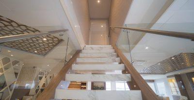 Elite - Stairway
