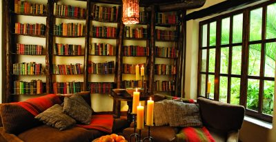 Inkaterra Machu Picchu Pueblo Hotel - Library lounge (photo credit Inkaterra)