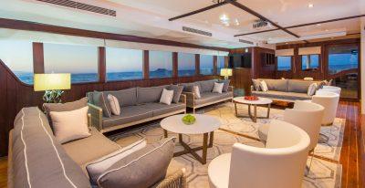 Galapagos Odyssey - Lounge