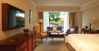 Miraflores Park Hotel suite