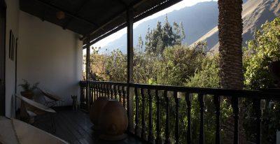 Albergue Ollantaytambo terrace