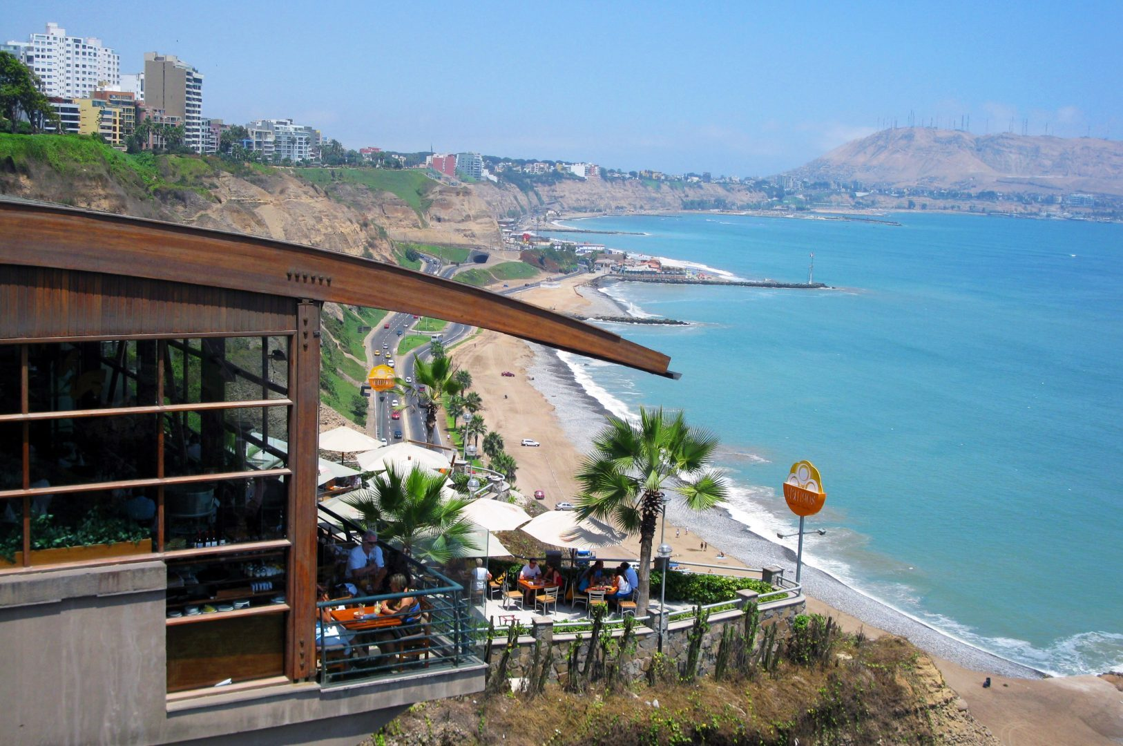 Peru_Lima_Restaurant on cliff near the coast