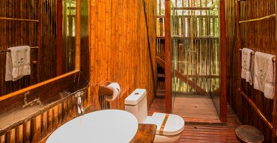 Refugio Amazonas_bathroom