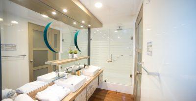 Sea Star Journey - Sea Star Suite Bathroom