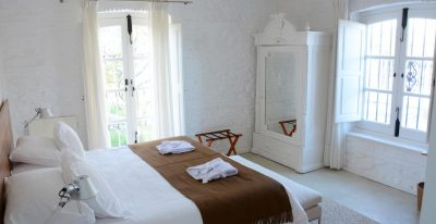 Charco_guest room