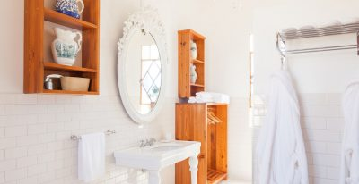Narbona_Sauvignon Blanc bathroom