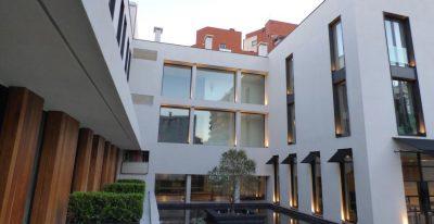 Oliva Hotel_courtyard