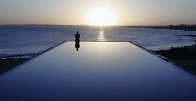 Playa Vik_pool