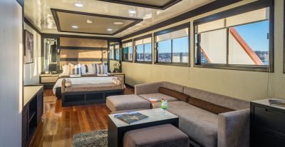 Galapagos Sea Star Journey - Suite