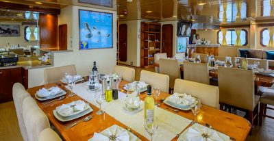 Seaman Journey - Dining Area