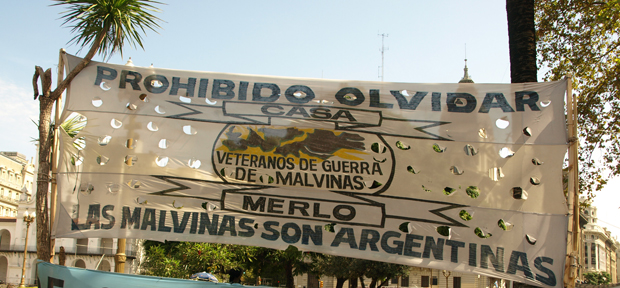 las malvinas - argentina tours - south america travel vaya adventures